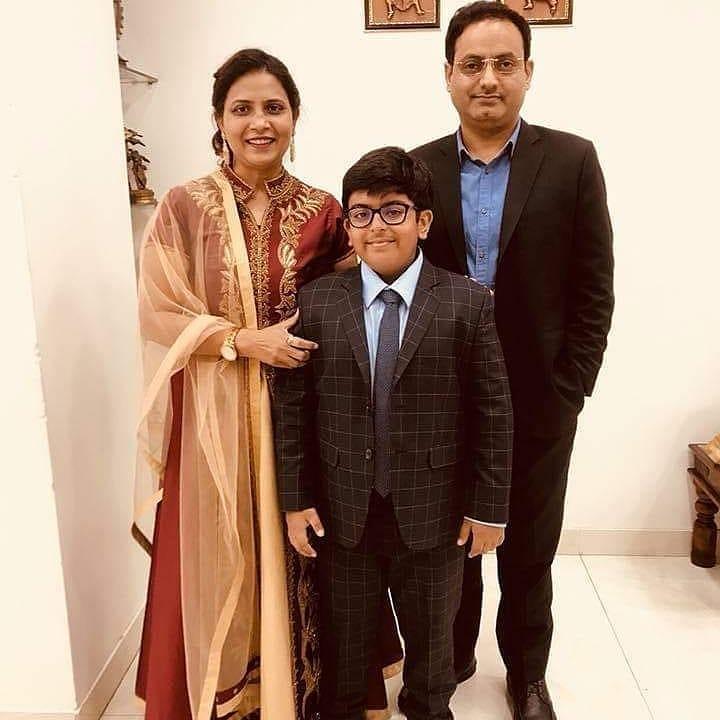 Vikas Divyakirti family son wife