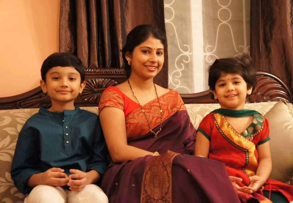 smita sabharwal children photo