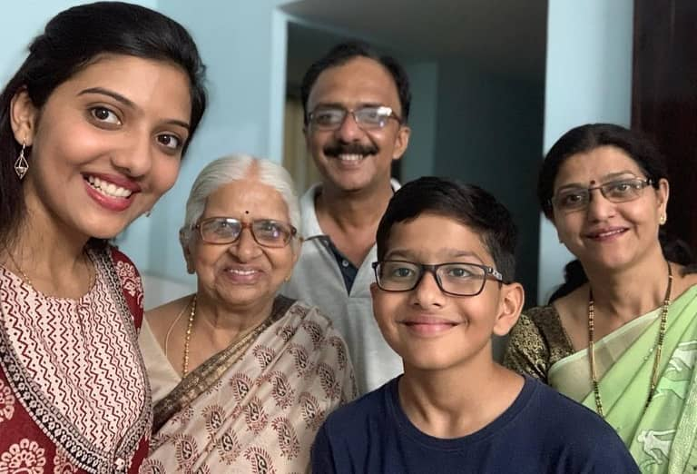 Srushti Jayant Deshmukh Family