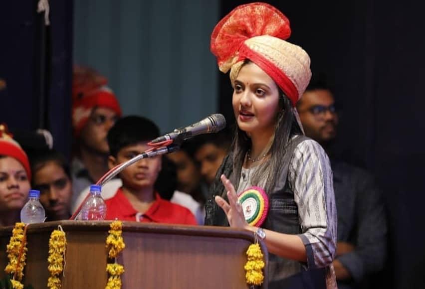 Srushti Jayant Deshmukh biography