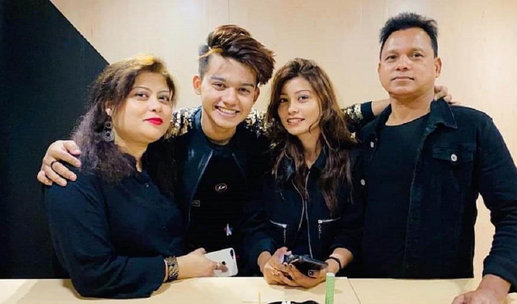 Riyaz aly family image